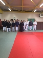 Photo de groupe stage de kobudo à Foix